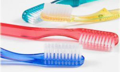 Clínica Dental F.G. Armengol, Tu dentista en Benimaclet, Valencia. cepillos