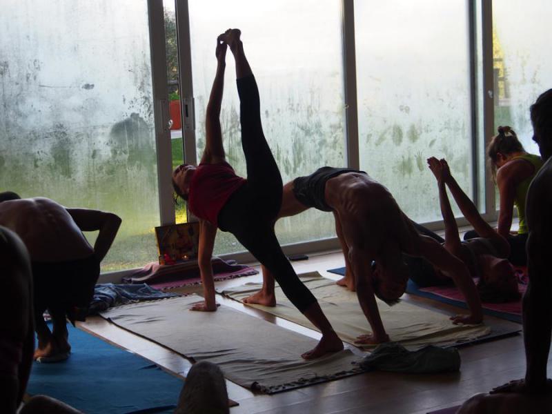 yoga hoyo de manzanares