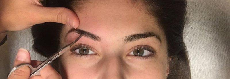 Raquel y su diseño de cejas
